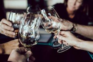 Lume Liondon - Cheers with Wine